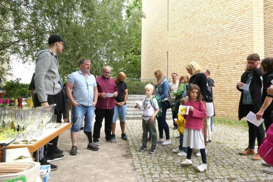 Schulbienen 2019 an der Peter A. Silbermann Schule - Speis und Trank zum Einzug der Bienen